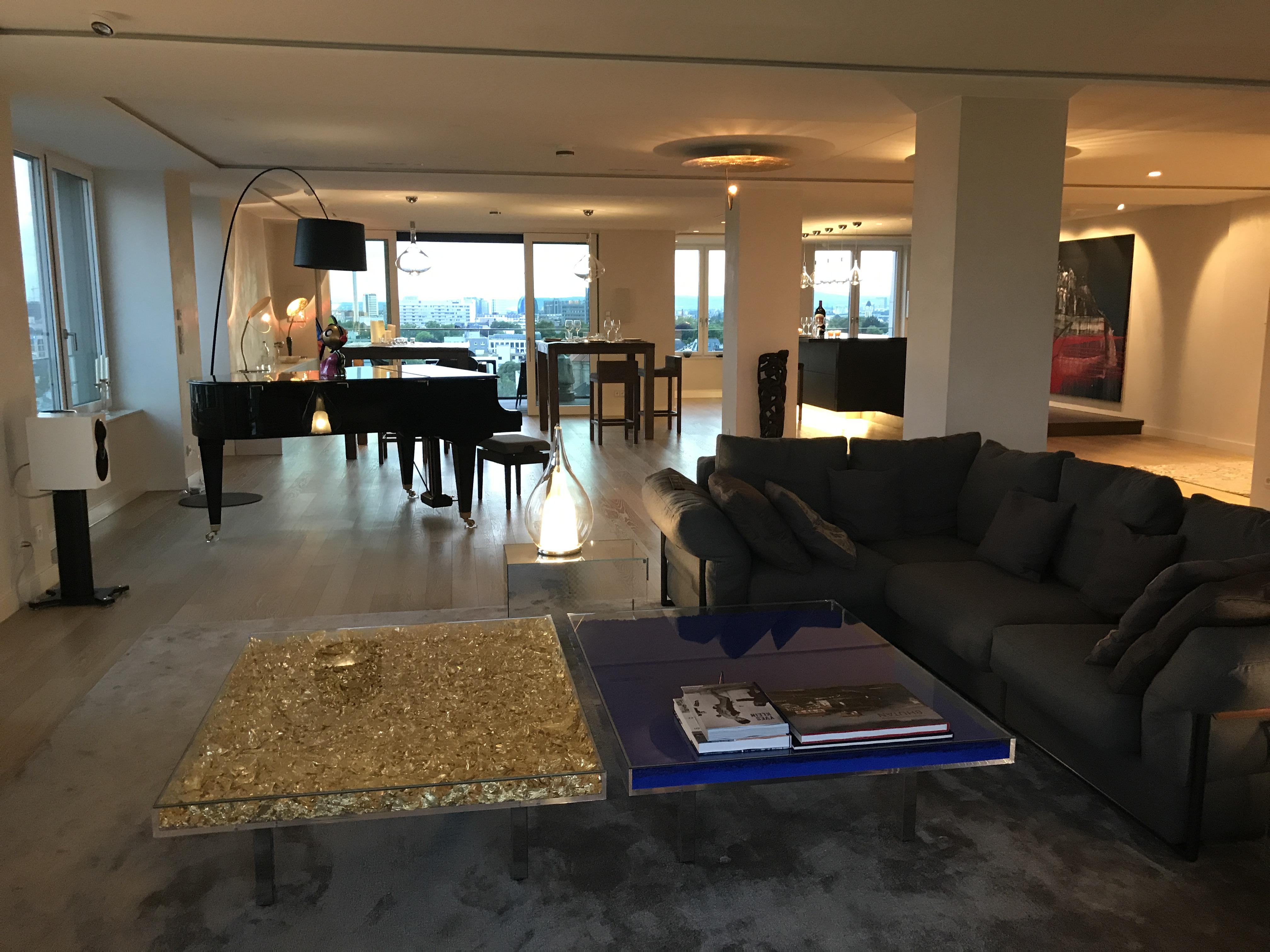 """Über den Wolken von Frankfurt"""" Exclusives Interior Design im """"Onyx ..."""